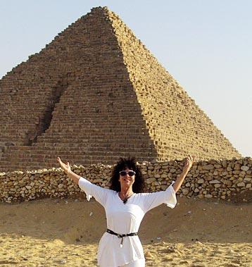 Mahara Brenna Eqypt7 358x379