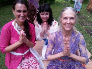 Mahara Brenna -Taoist High Priestess Training with Shashi Solluna and Minke de Vos - Bali Indonesia Mar. 2016